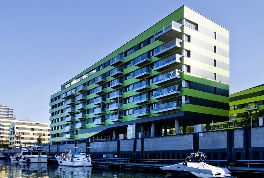 Fassaden, Gebäudehüllen, Fenster, Portale, Metall-Auer, OÖ.